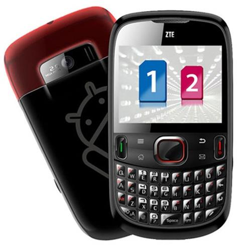 Smartphone ZTE V821, Dual Chip, Wi - Fi, Android 2.2, Câmera 2MP, MP3 Player, Teclado Qwerty, GPS